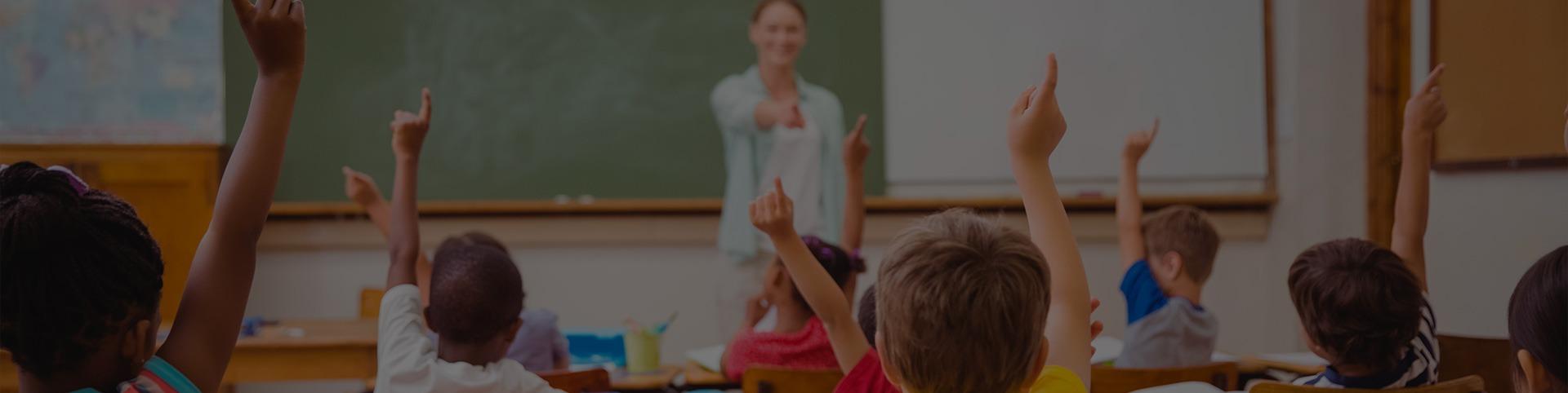 material-eletrico-escolas